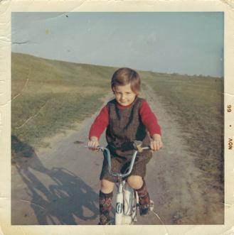 licia-on-bike-1966